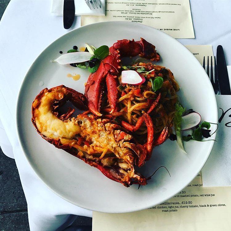benitos-lobster
